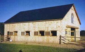 Horse_Barn