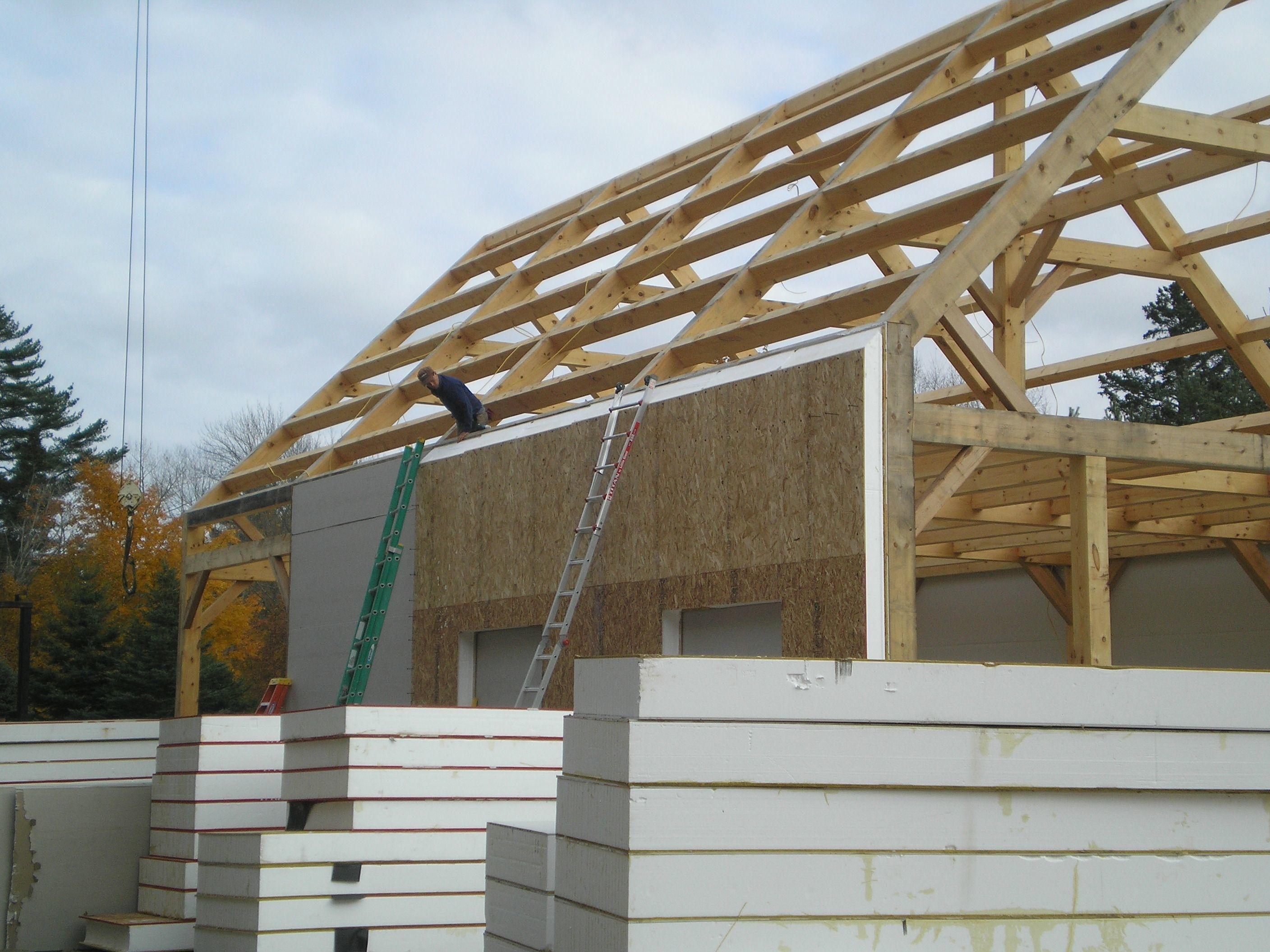 Timber frame construction for Building with sip